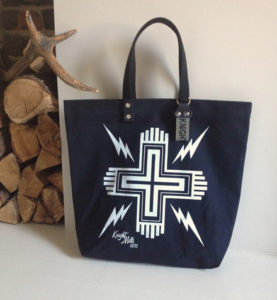 Cross' tote in special colour way.