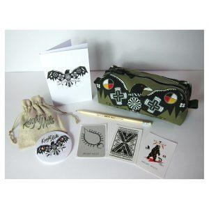 Elemental Crow' design pouch gift set